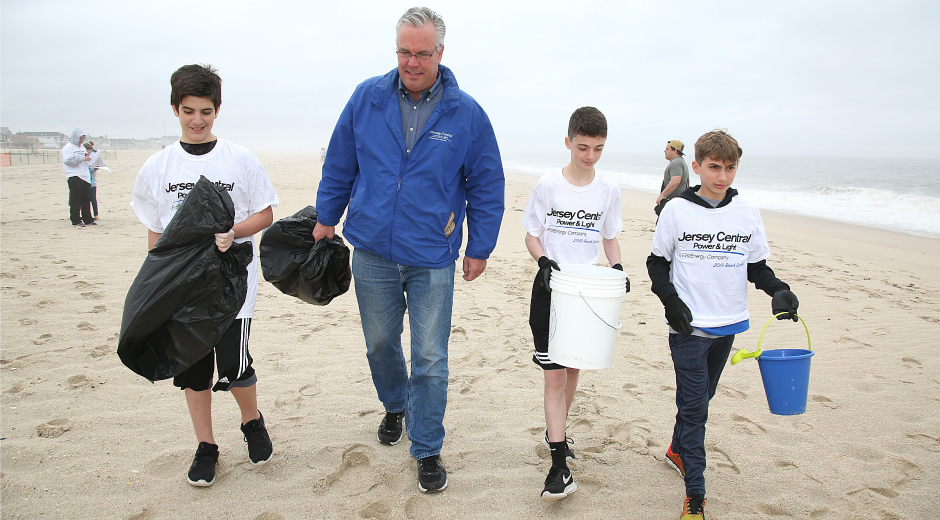Beach Sweeps Volunteers