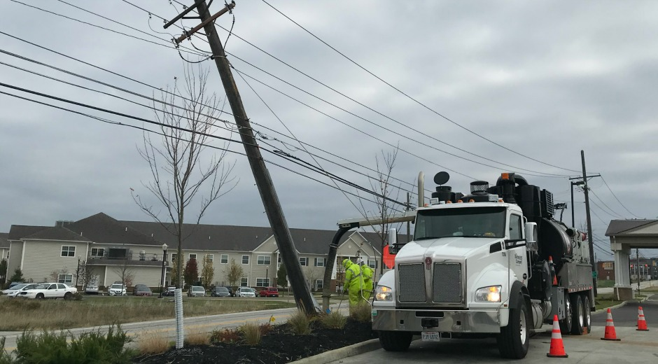 FirstEnergy crews repair wires after storm