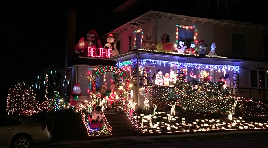mon power announces inaugural merry bright holiday lights photo contest