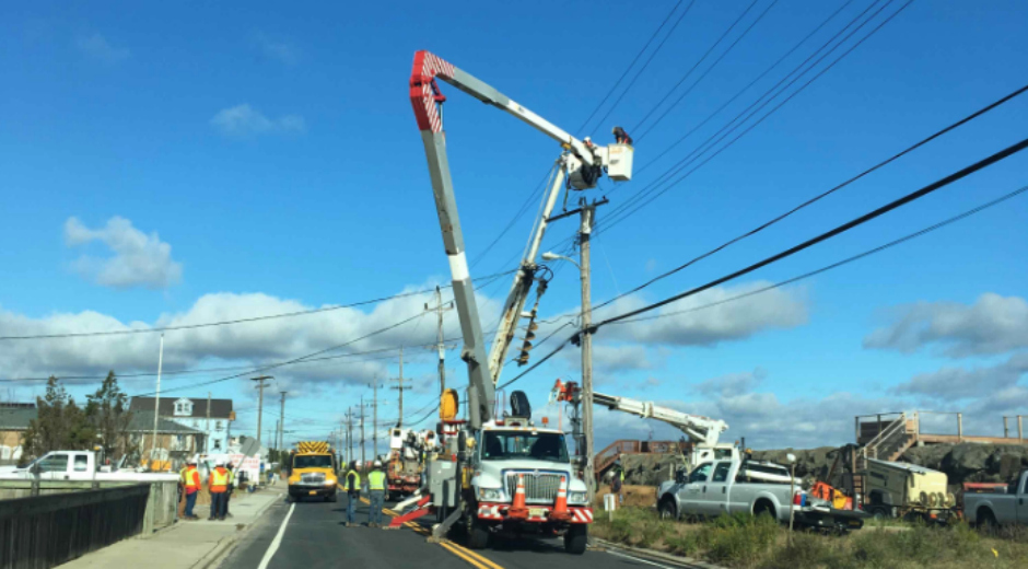 FirstEnergy Bucket Truck