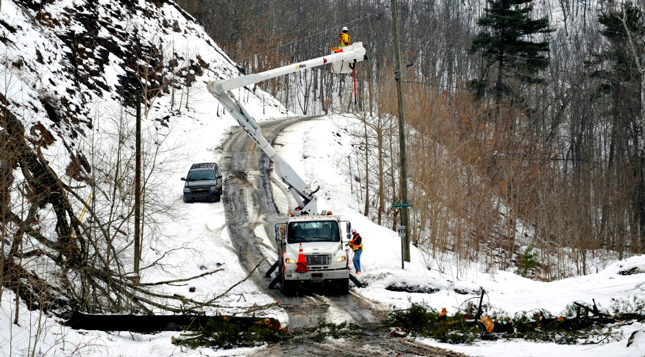 Firstenergy Utilities Prepare For Winter Storm Forecast To